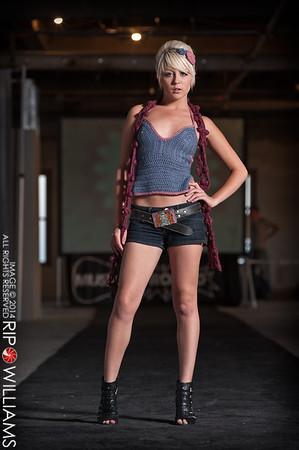 General_Fashion_2010-0201