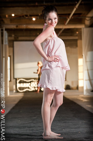 General_Fashion_2010-0121