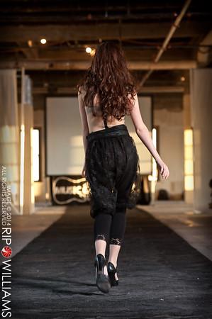General_Fashion_2010-0159