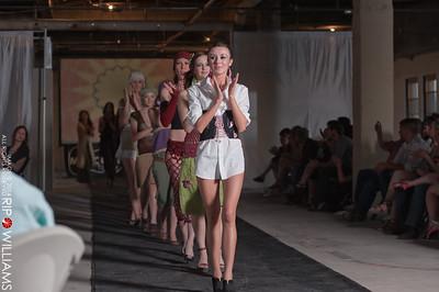 General_Fashion_2010-0222