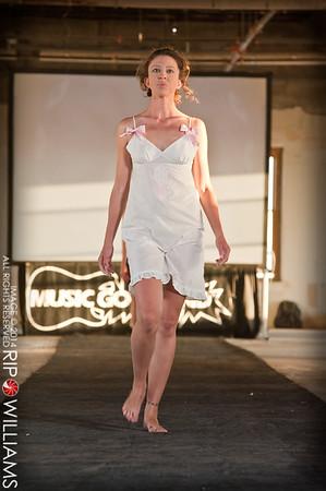 General_Fashion_2010-0126