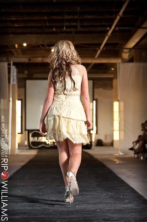 General_Fashion_2010-0156