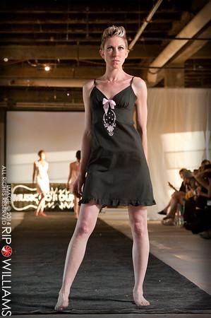 General_Fashion_2010-0124