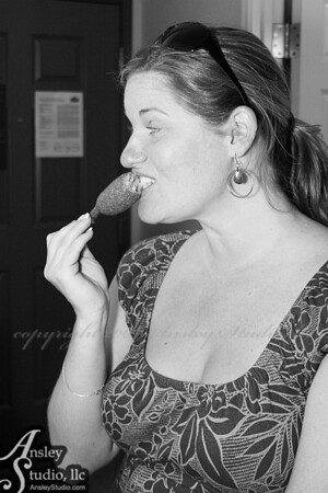 Every bride should indulge in corn dogs before getting wed. Delish!