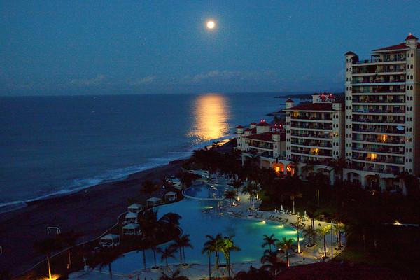 Moon setting into the Ocean