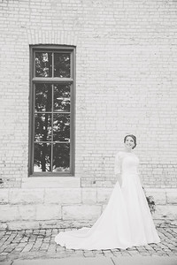 WeddingAssistantBW-13