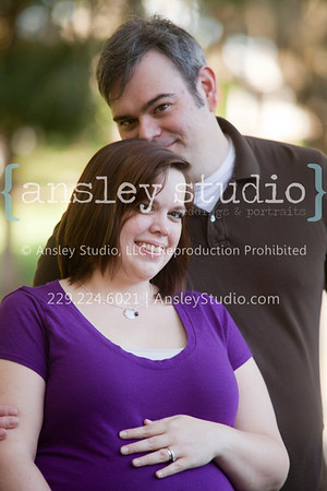 Josh & Kati: Maternity in Southwood