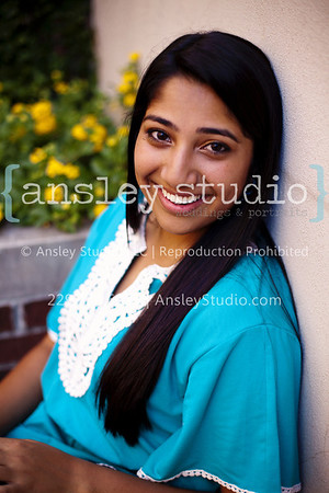 Neha: Senior Session in Thomasville