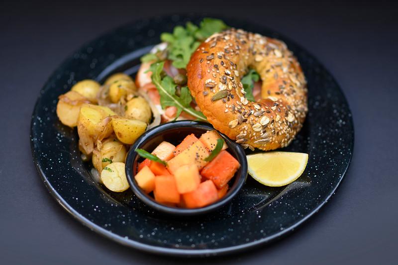 bagel salmon
