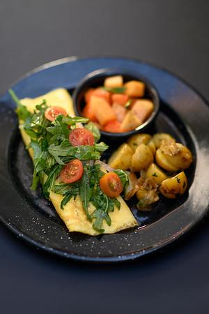 omelet te de salmon