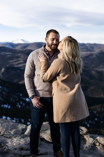 19 12 21_AnB_Engagement_Contact-1121