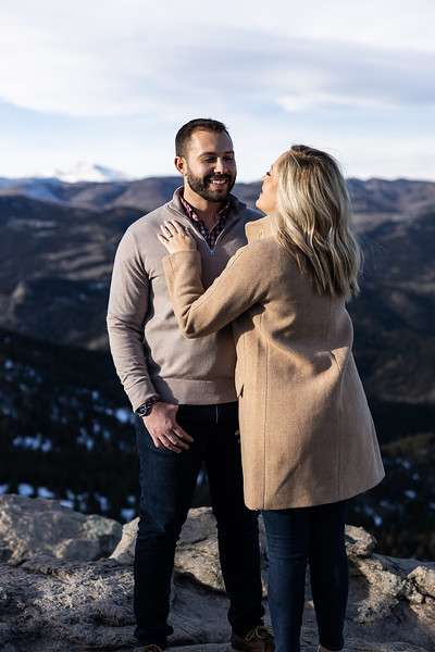 19 12 21_AnB_Engagement_Contact-1118