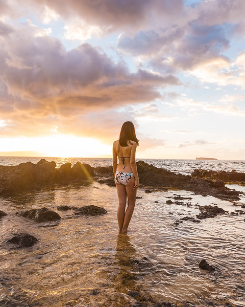 Maui-Lifestyle-SecretBeach-BikiniSunset-4082-IGTone