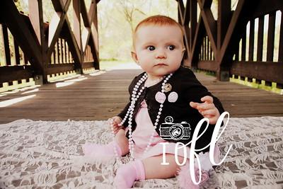 Mia 6 months 039