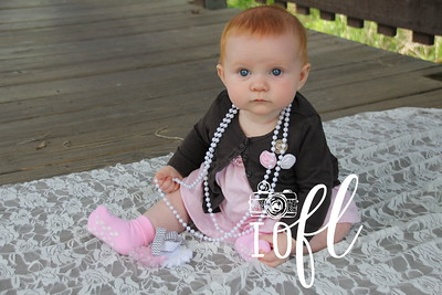Mia 6 months 021