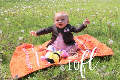Mia 6 months 015
