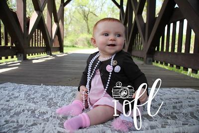 Mia 6 months 044