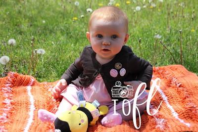 Mia 6 months 006