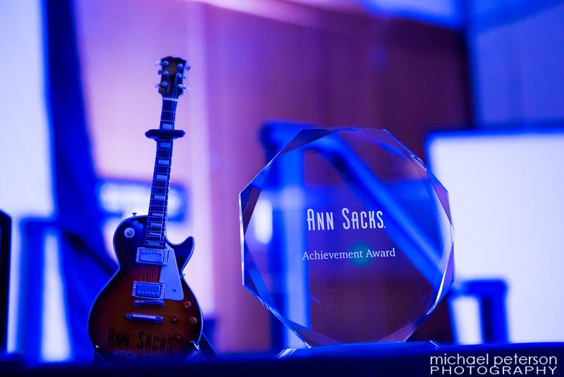Awards2016-1002