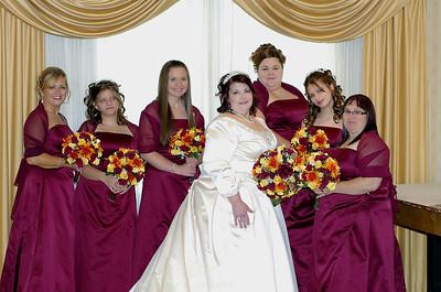 Dawn+bridesmaids+in+room-1600837444-O copy