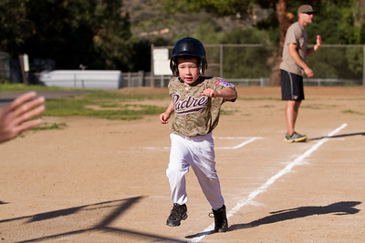 Alpine_American_Tee_Ball1-8284