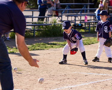 Alpine_American_Tee_Ball1-8209