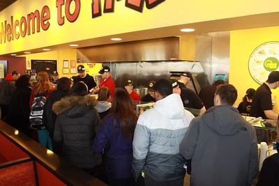 Moe's Opening 033