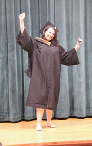Mariana Graduation 017