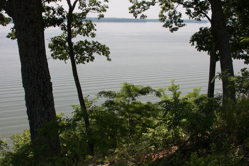 1511  Scenic Drive along KY Lake