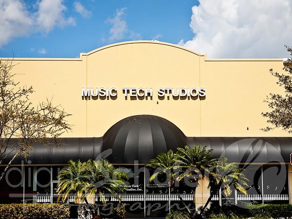 musictechstudios-storefront-shoppesof silverlakes