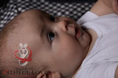 Jailyn 4 months 012