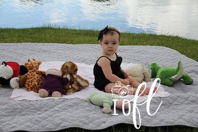 Jailyn 11 months 037