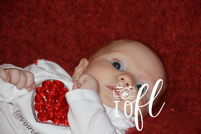 Amelia 3 months  021