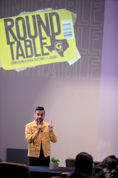 Round table 2019-61