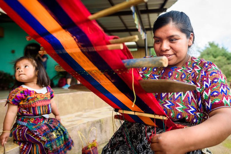 Kelly Giardina - Project Somos - Weaving Photos-0009