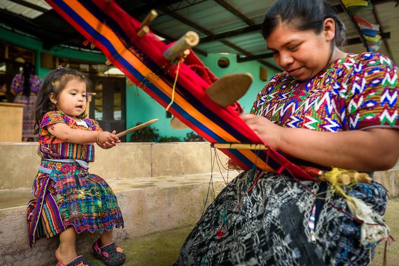 Kelly Giardina - Project Somos - Weaving Photos-0013