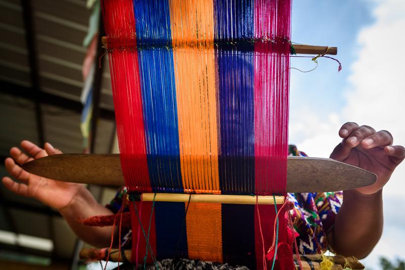 Kelly Giardina - Project Somos - Weaving Photos-0006
