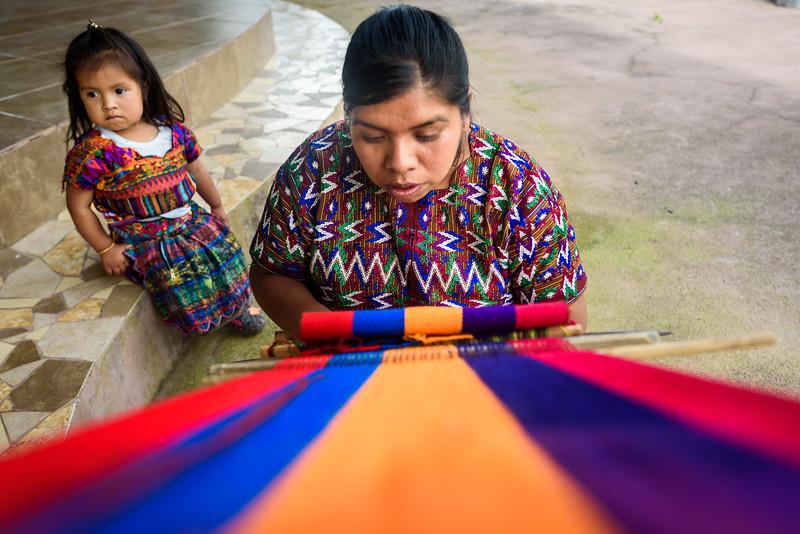 Kelly Giardina - Project Somos - Weaving Photos-0002