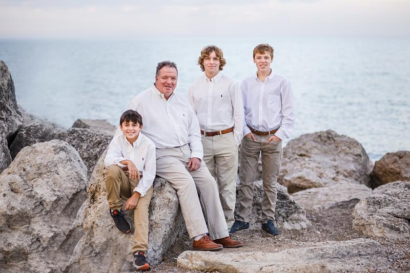 Rukavina Family 2020-1.jpg