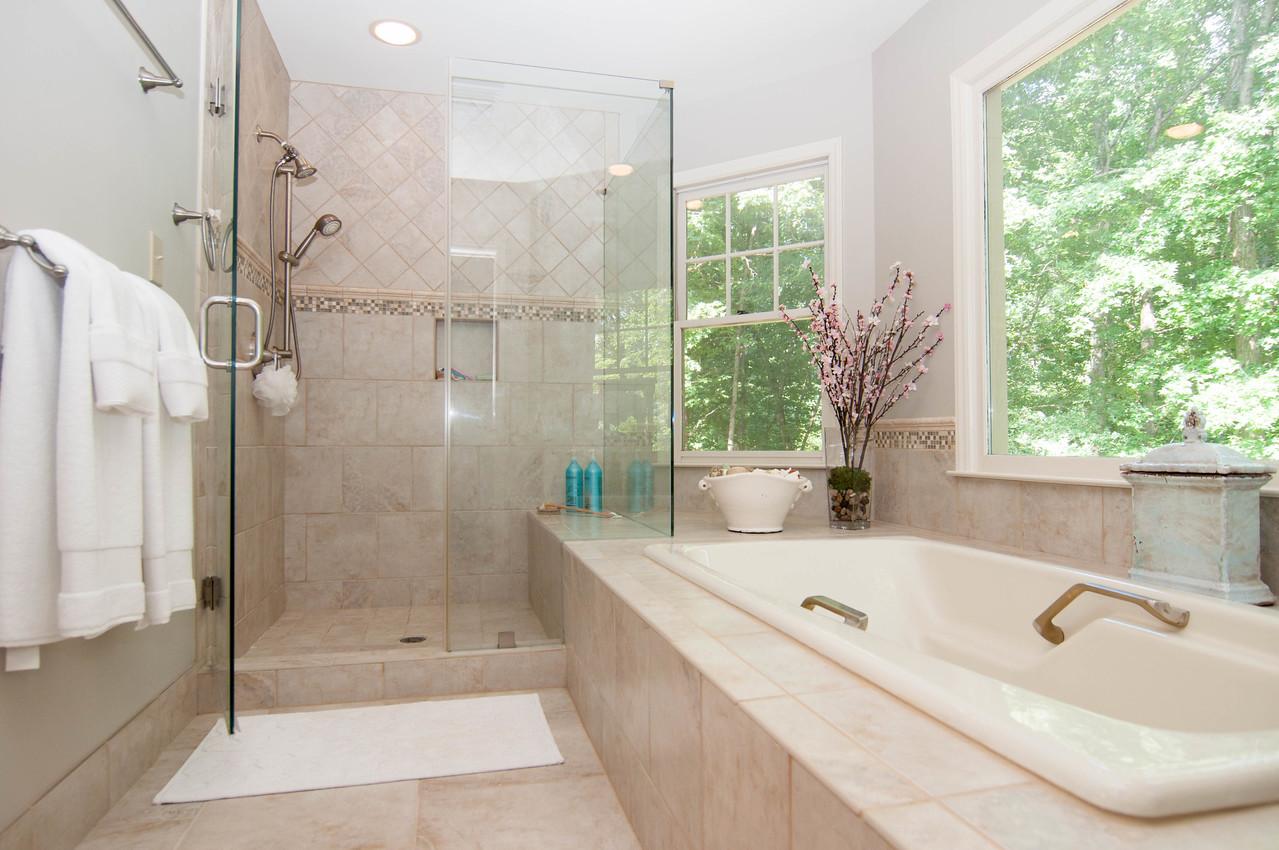 Owner Bath 2