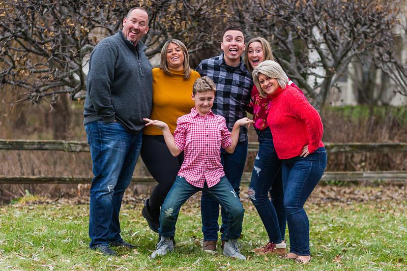 Szymanski Family 2019-4.jpg