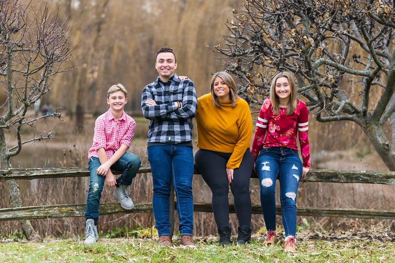 Szymanski Family 2019-7.jpg