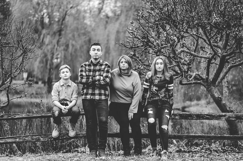 Szymanski Family 2019-6.jpg