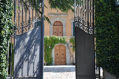 ok--villa-front-2_7204267612_o