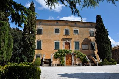 ok---villa-front_7204220696_o
