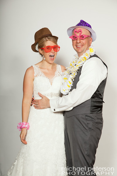 TiffanyJimPhotobooth-1002