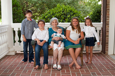 Finn & Family: 6 month
