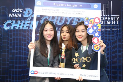 Property-Insight-Residential-Market-Outlook-2020-instant-print-photo-booth-in-hinh-lay-lien-in-hinh-lay-ngay-su-kien-WefieBoxx-Photobooth-Vietnam-123