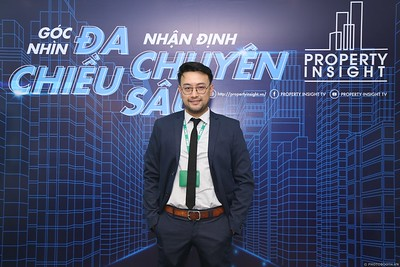 Property-Insight-Residential-Market-Outlook-2020-instant-print-photo-booth-in-hinh-lay-lien-in-hinh-lay-ngay-su-kien-WefieBoxx-Photobooth-Vietnam-113