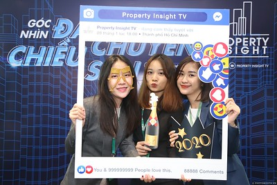 Property-Insight-Residential-Market-Outlook-2020-instant-print-photo-booth-in-hinh-lay-lien-in-hinh-lay-ngay-su-kien-WefieBoxx-Photobooth-Vietnam-122